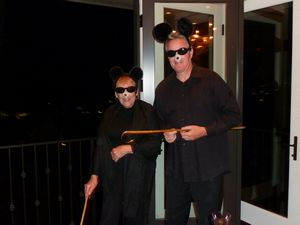 Halloween Dinner Party Image 12