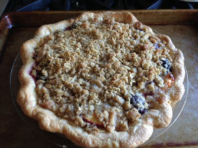 Blackberry & Nectarine Crumb Pie 011-thumbnail 300
