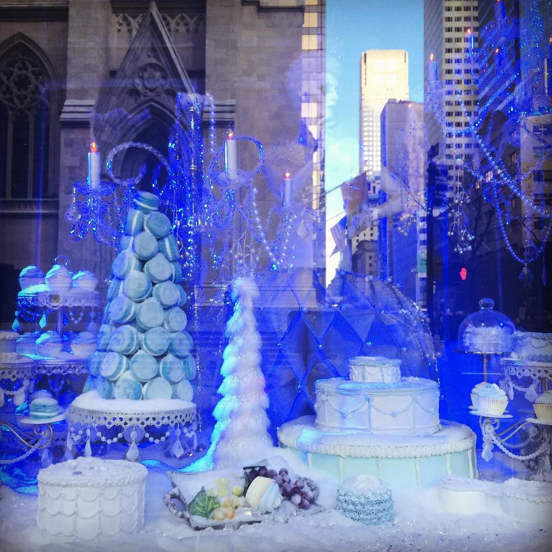 Saks Fifth Avenue Christmas Window  NYC! Christmas Lights NYC
