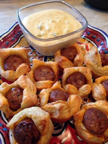 apple-chorizo puff pastry bites 2014-02-02 047 (360x480)