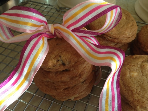 Classic Chocolate Chip Cookies 2014-06-04 063 (480x360)