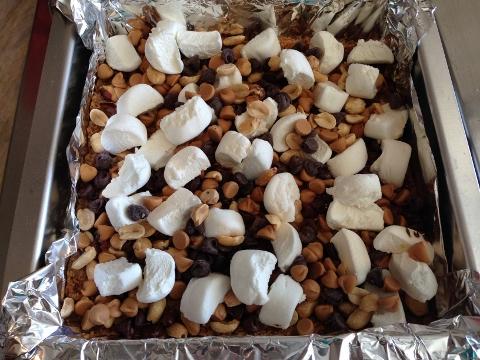 Peanut Butter Smore Bars 2014-08-20 052 (480x360)