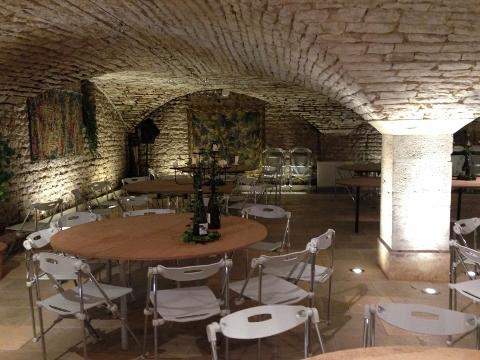 Burgundy 2014 154 (480x360)