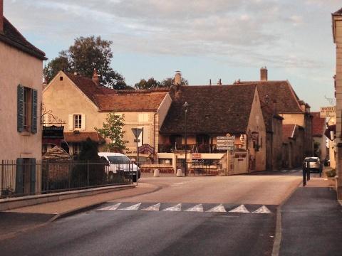 Burgundy 2014 336 (480x360)