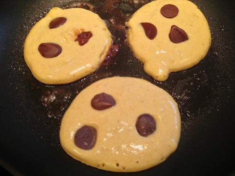 Pumpkin Chocolate Chip Pancakes 053 (480x360)