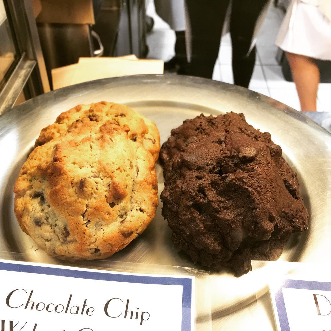 Levain Bakery NYC! Happy National Cookie Day!! Yum! Cookies nationalcookiedayhellip