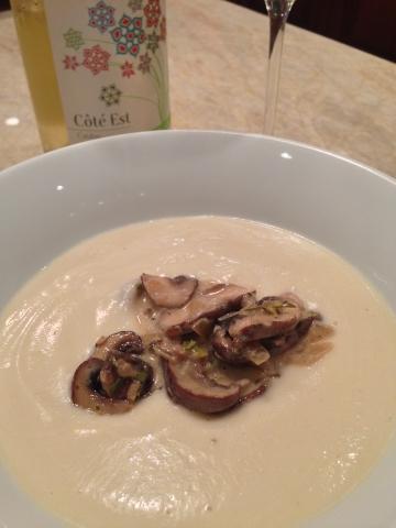 Creamy Cauliflower Soup with Mushroom Ragout 105 (360x480)