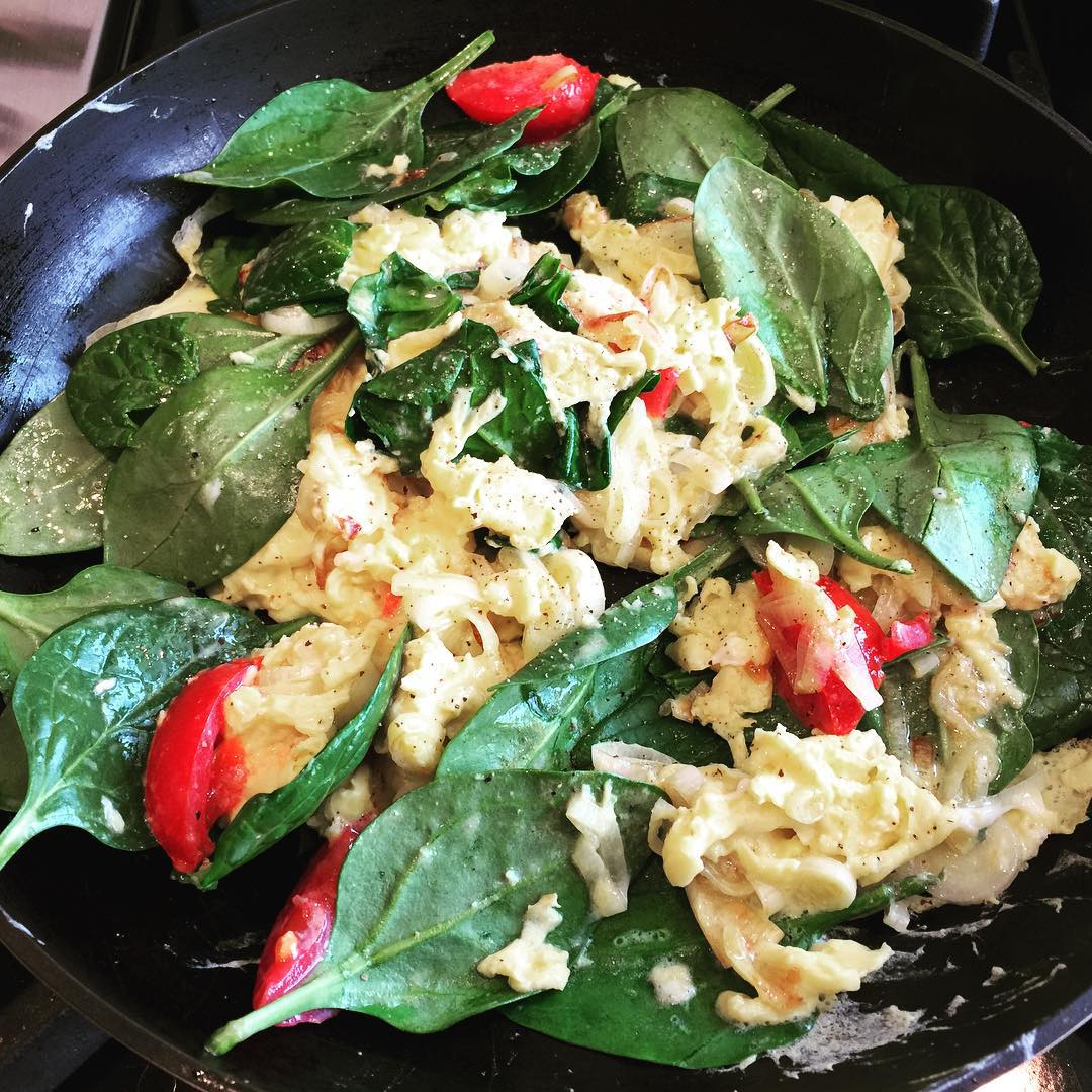 Whole30 Brunch Meal with Leeks Eggs Spinach amp Tomatoes! Stayedhellip