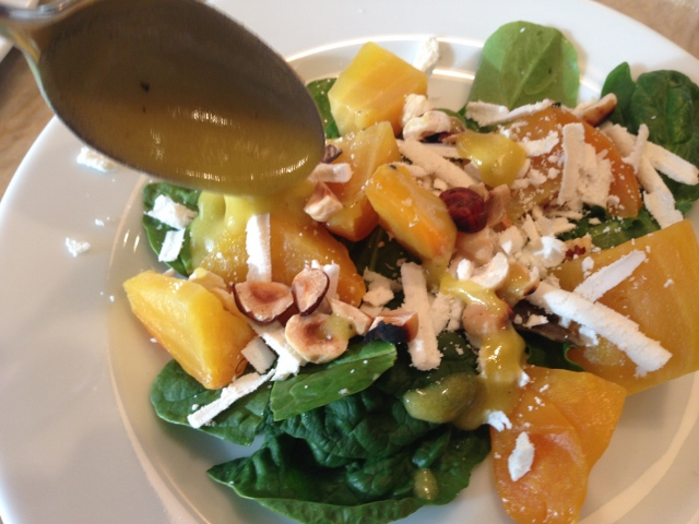 Golden Beet Salad with Hazelnuts & Ricotta Salada 114 (640x480)