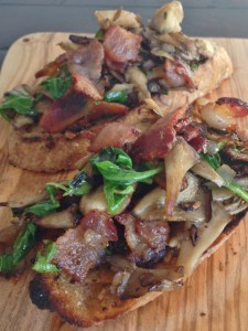 Bacon & Mushroom Toasts 083 (480x640)