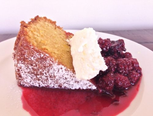 Olive Oil Cake with Blackberry Compote – Recipe!