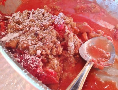 Strawberry Rhubarb Pecan Crisp – Recipe!