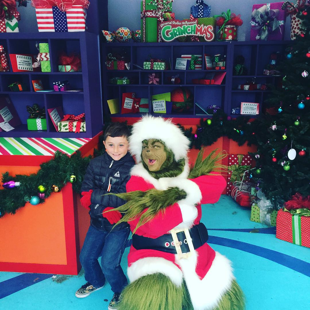 Gavin with the Grinch! universalstudioshollywood Christmas grinch