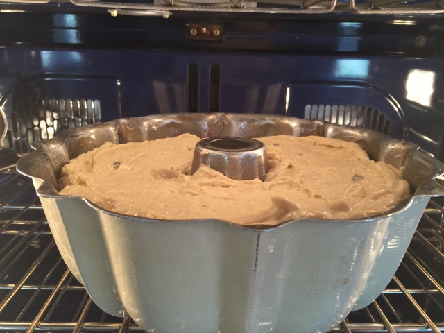 Brown Sugar Blueberry Bundt Cake 037 (640x480)