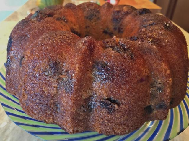 Brown Sugar Blueberry Bundt Cake 060 (640x480)