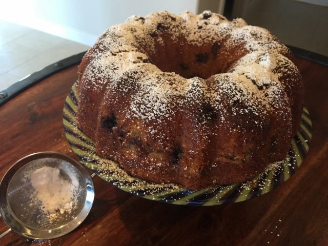 Brown Sugar Blueberry Bundt Cake 066 (640x480)