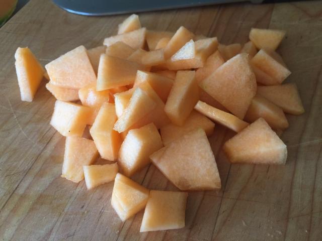 Proscuitto Melon & Burrata Salad 032 (640x480)