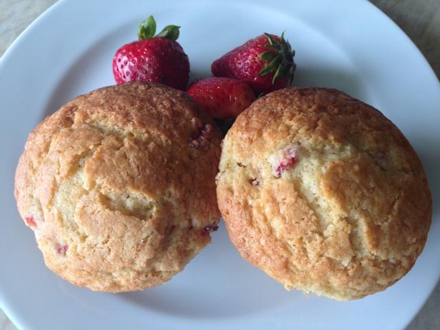 Strawberry Lemon Muffins 064 (640x480)