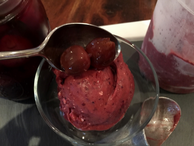 Dark Cherry Ice Cream 040 (640x480)