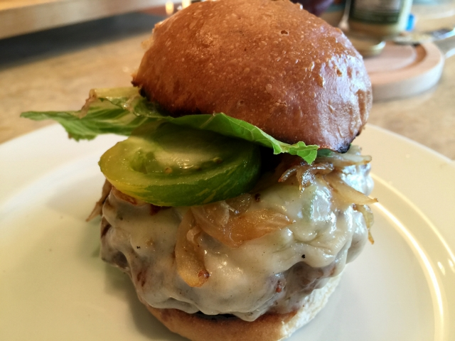 Green Chili Cheeseburgers 041 (640x480)