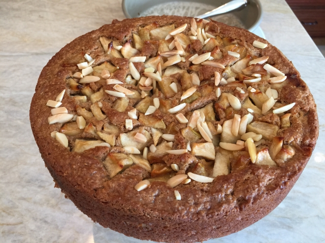 Apple Almond Coffeecake 086 (640x480)