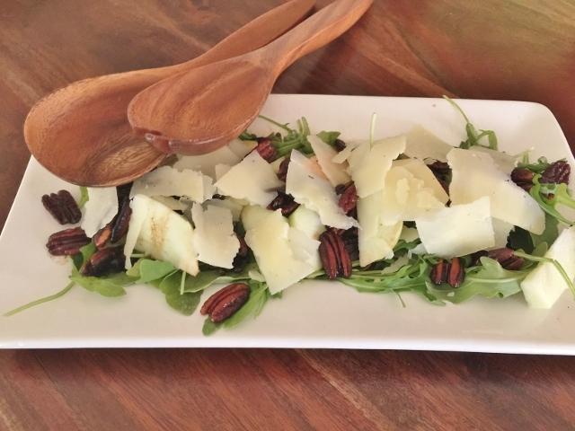 Arugula, Manchego & Apple Salad with Toasty Pecan Vinaigrette – Recipe! Image 1