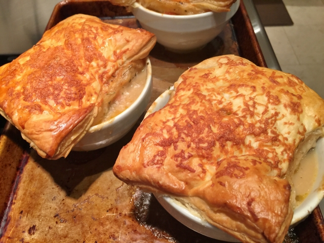 Chicken & Mushroom Pot Pies 061 (640x480)
