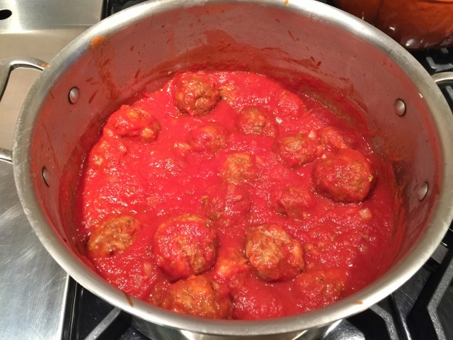 Mama's Meatballs 055 (640x480)