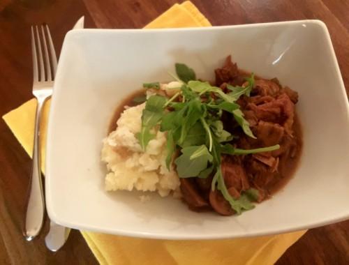 Easy Slow Cooker Veal & Mushroom Stew – Recipe!