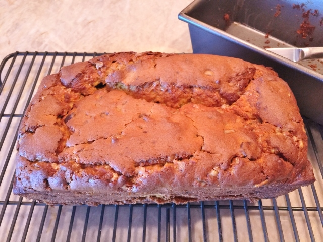 Chocolate & Toffee Chip Pumpkin Bread – Recipe! Image 3