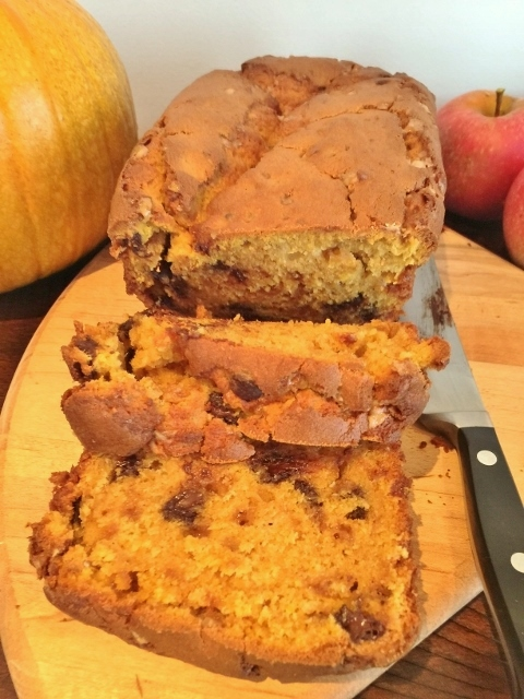 Chocolate & Toffee Chip Pumpkin Bread – Recipe! Image 2