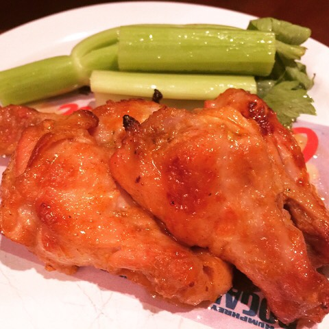 Easy Guiltless Hot Wings Recipe! Great for Game Day! wwwgenabellcomhellip