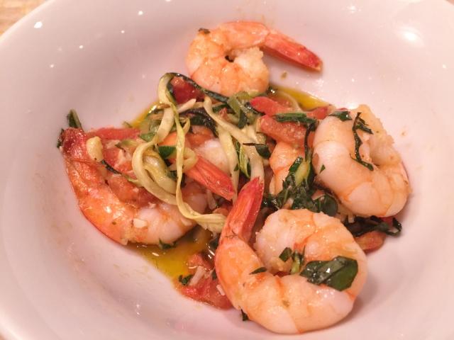 Garlic Shrimp & Linguine Zoodles – Recipe! Whole30, Paleo & Low-Carb Friendly! Image 1
