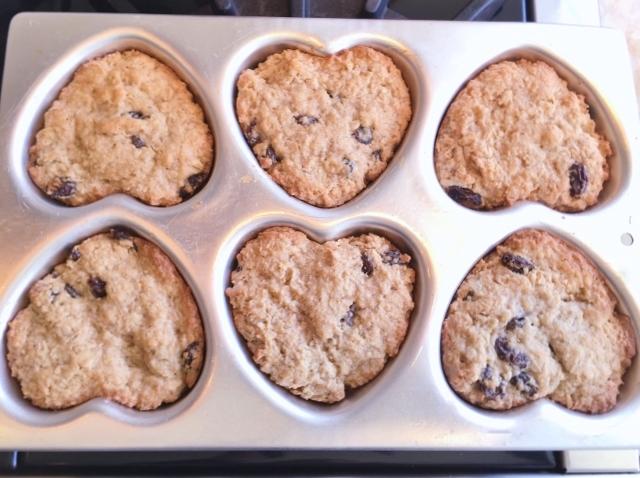 Gluten-Free Sweetheart Oatmeal Rum Raisin Cookies – Recipe! Image 5