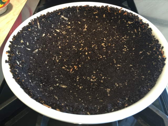 Coconut Cream Pie with Chocolate Crumb Crust 048 (640x480)