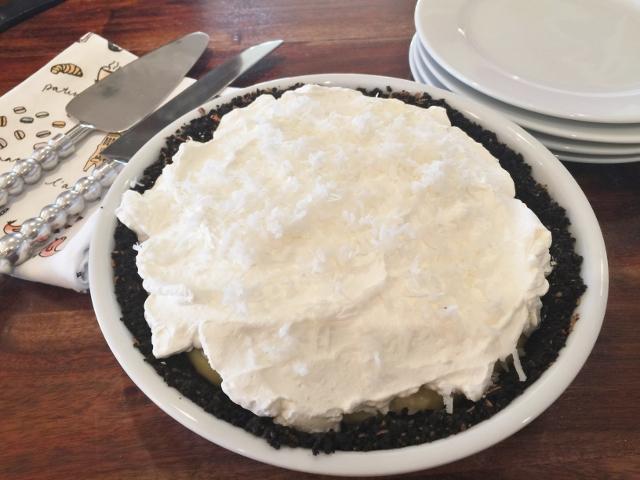 Coconut Cream Pie with Chocolate Crumb Crust 148 (640x480)