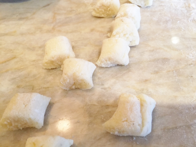 Gnocchi in Brown Butter Basil Sauce 027 (640x480)
