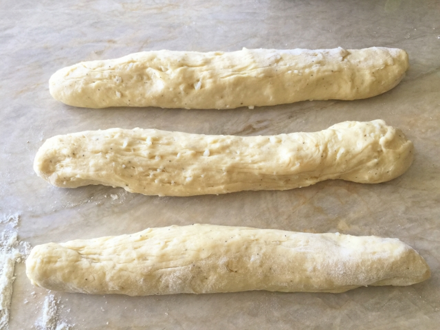 Italian Easter Cheese Bread 042 (640x480)