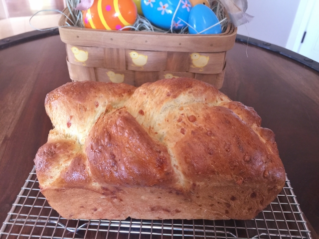 Italian Easter Cheese Bread 087 (640x480)