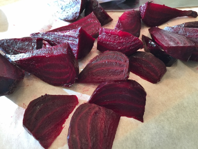 Pickled Beet, Avocado & Feta Salad 029 (640x480)