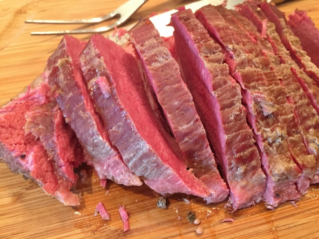 Slow Cooker Corned Beef with Roasted Cabbage & Potatoes 066 (640x480)