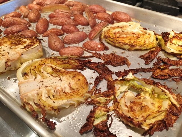 Slow Cooker Corned Beef with Roasted Cabbage & Potatoes 074 (640x480)