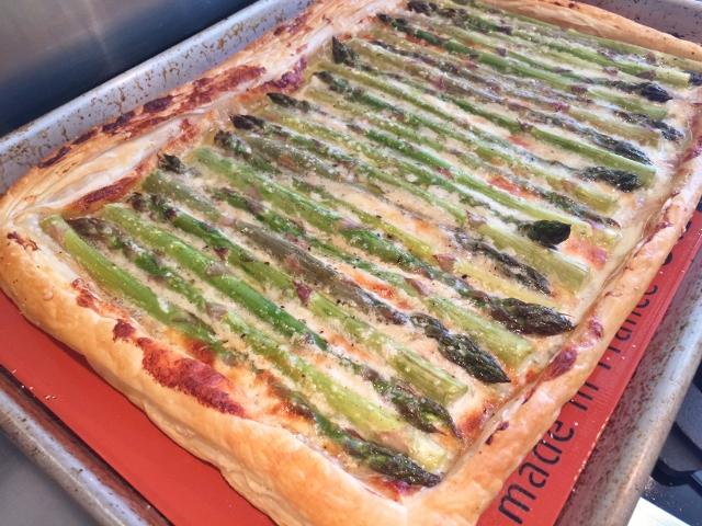 Asparagus & Gorgonzola Cream Tart 078 (640x480)
