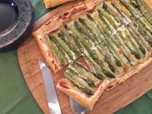 Asparagus & Gorgonzola Cream Tart 107 (640x480)