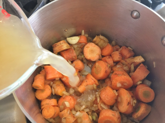 Carrot Curry Coconut Soup 013 (640x480)