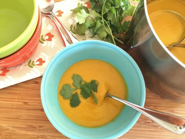 Carrot Coconut Curry Soup – Recipe! Image 1