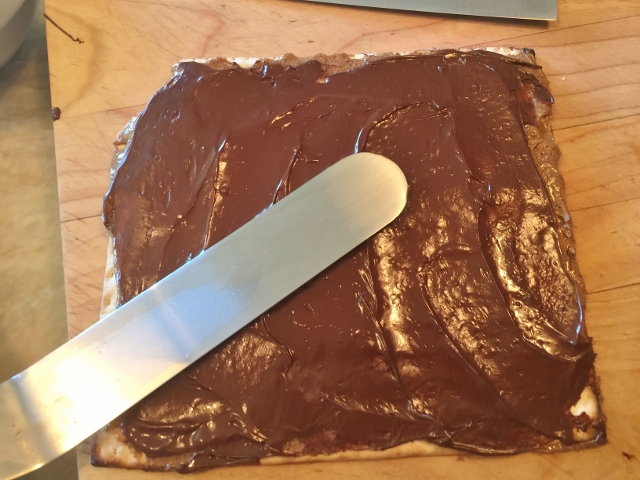 Smoky Chocolate Almond Butter Matzoh 025 (640x480)