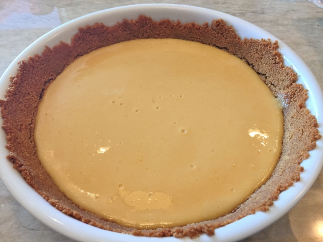 Key Lime Pie with Mascarpone Whipped Cream 055 (640x480)
