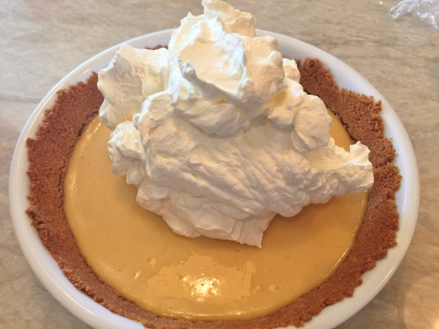 Key Lime Pie with Mascarpone Whipped Cream 057 (640x480)