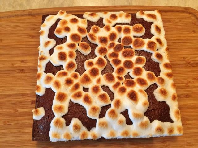 Smore Brownies 078 (640x480)